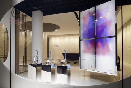 資生堂 銀座ビル―「触覚」がテーマのウィンドウディスプレーを展示